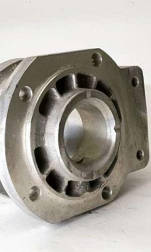Produção de peças em alumínio