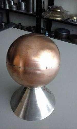 Repuxo de bronze